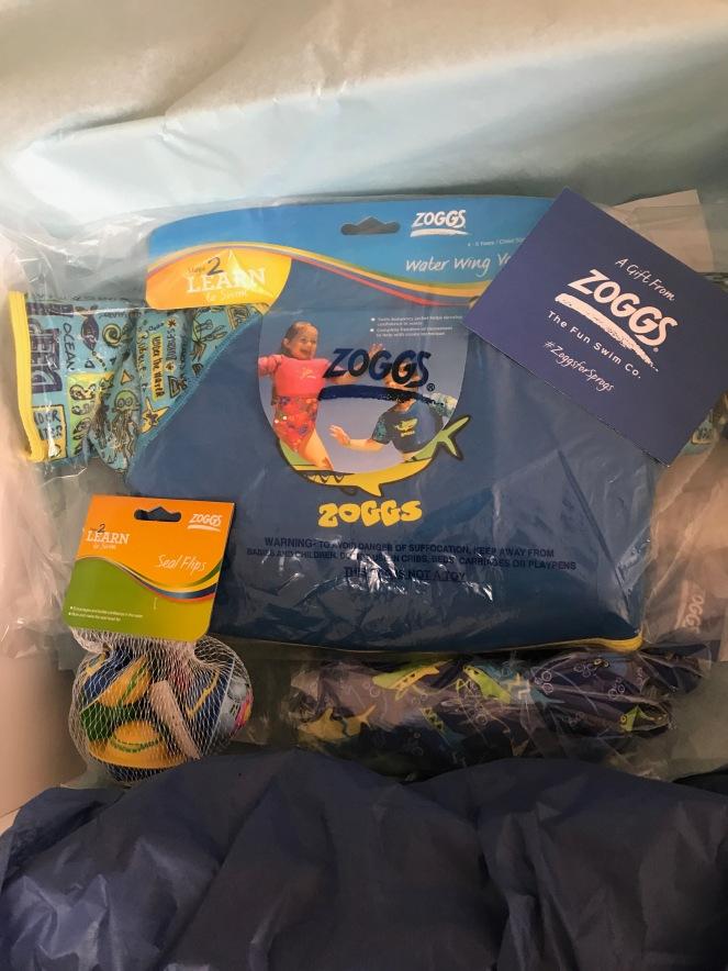 Zoggs kit